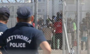 Brawl at Cypriot overcrowded migrant camp injures 25