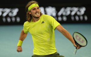 Tsitsipas holds off Kokkinakis to win Greek epic