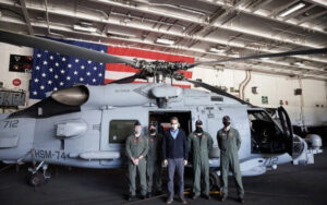 PM welcomed at US aircraft carrier Eisenhower in Crete