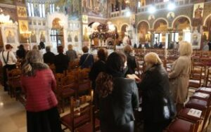 Greece keeps lid on Orthodox Easter events, readies tourism