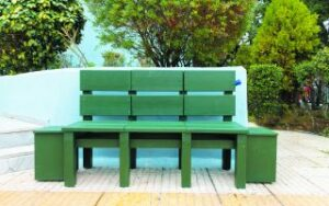 High school pupils create environmentally friendly bench