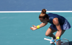 Sakkari defeats Osaka in Miami Open